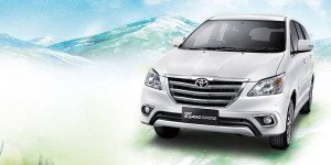 Wallpaper Tampilan Grand New Innova